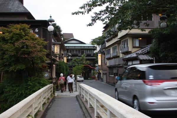 箱根 湯本 温泉 街
